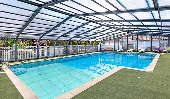 fabricant d 39 abris de piscine pour professionnels abri. Black Bedroom Furniture Sets. Home Design Ideas